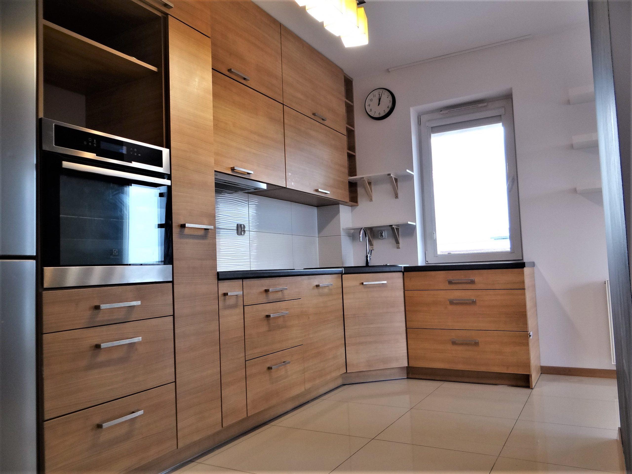 Warmińska- ładne i duże mieszkanie natychmiast!